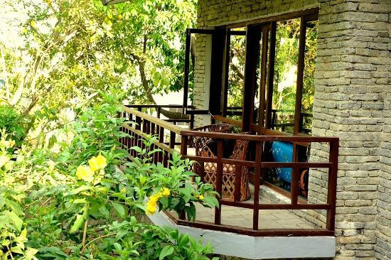 Mum's Garden Resort: Terrace