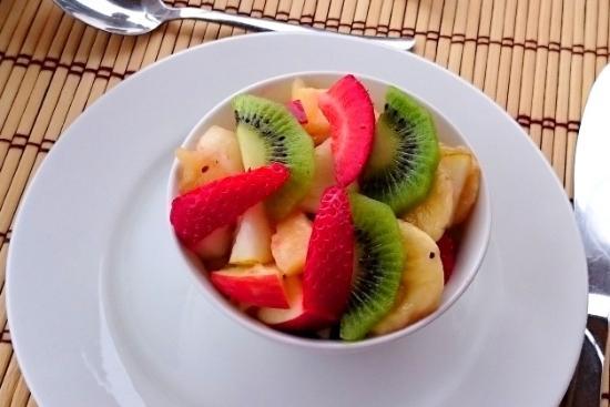Aquamarine Guest House: Fresh fruit salad