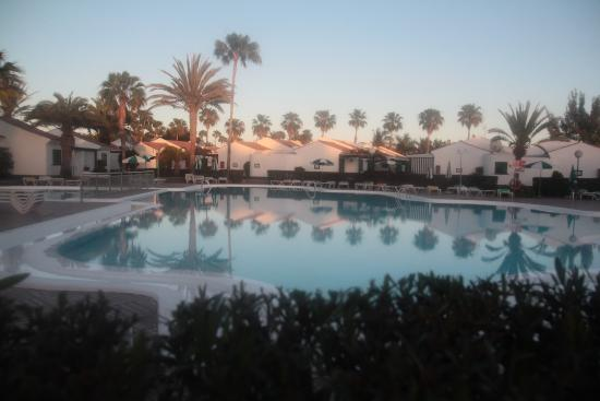 Campo Golf Bungalows: The pool
