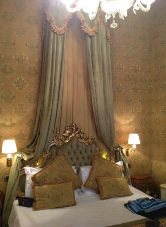Palazzo Paruta: Our room