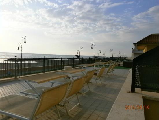 Hotel Del Mare: Bella vista sul mare!