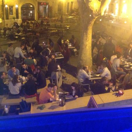 Restaurant Montpellier Place De La Chapelle Neuve
