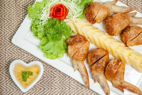 Pung Kang At Klang Soi Restaurant
