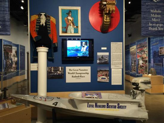 Nanaimo Museum : Bath tub races