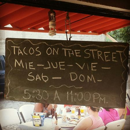 Tacos on the Street: Must order a Don Julio margarita.  Best in town!