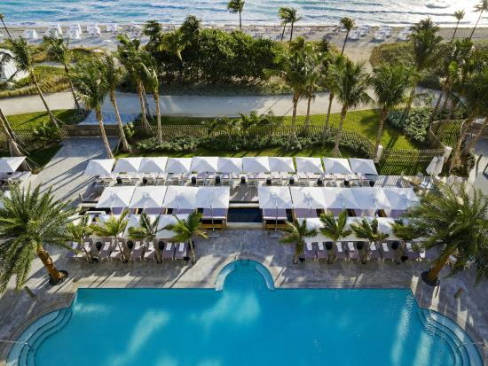 The St. Regis Bal Harbour Resort: Resort Pool