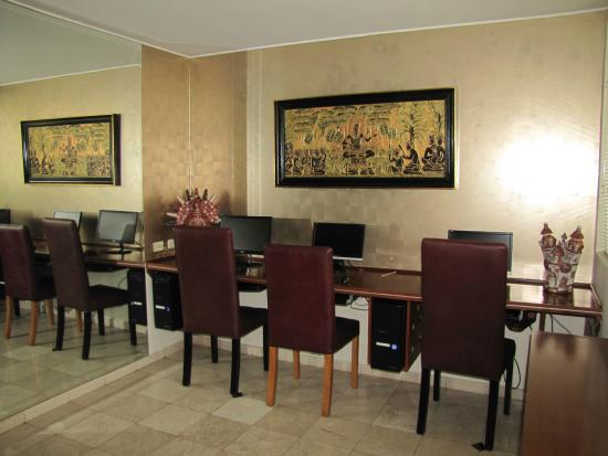 Hotel Runcu Miraflores: Business Center