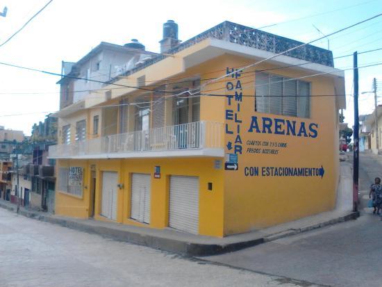 Hotel Familiar Arenas
