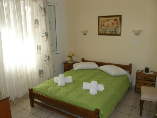 Aggelikoula Rooms