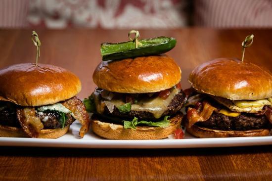 Napa Prime Burgers & Seafood: Napa Prime Burger Bar + Wine Pub