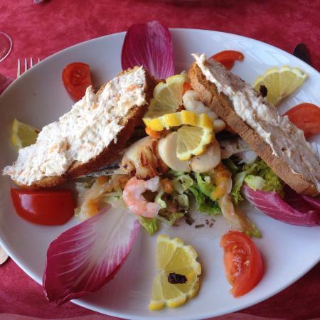 La Belle Mariniere: salade aux fruits de mer
