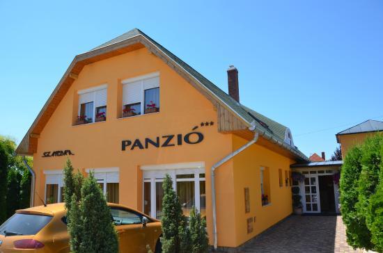 Szandra Panzio