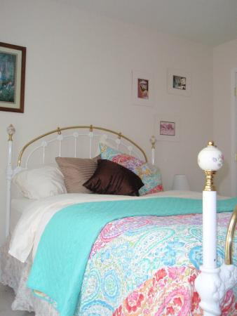 Inn The Glen, Bed & Breakfast: Queen bed