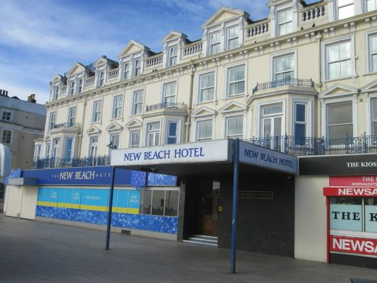 The New Beach Hotel: lovely hotel