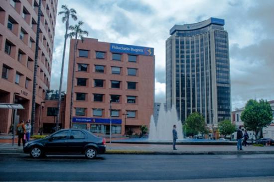 Explora Bogota Day Tours and Activities - Day Tours: centro financiero Bogotá