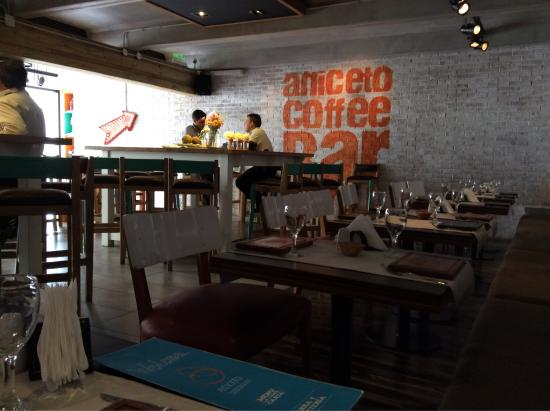Aniceto Coffee Bar & Grill: photo0.jpg