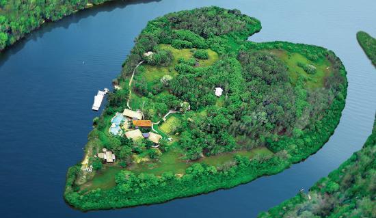 Makepeace Island Aerial