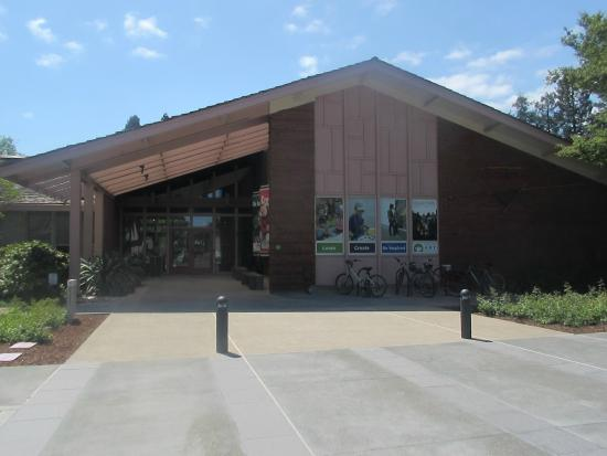 ‪Palo Alto Art Center‬