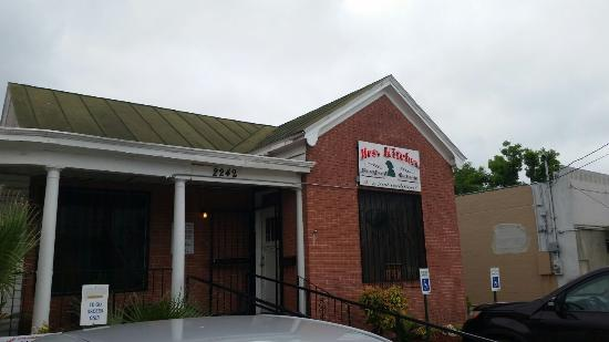 ‪Mrs. Kitchen Soul Food Restaurant & Bakery‬
