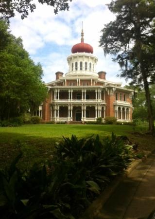 Natchez, MS: Front drive