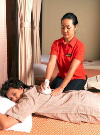 thai falkenberg massage bangkok