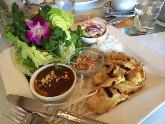 Marnee Thai : Chicken Satay wraps. Very good and fresh!