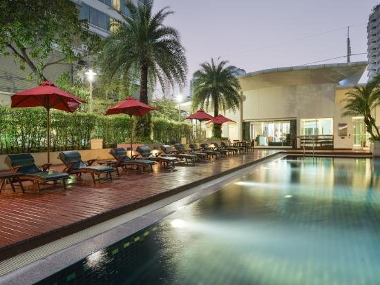 Centre Point Sukhumvit Thong Lo : Pool
