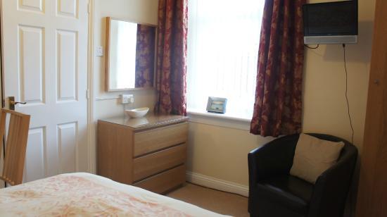 Alexander House: Bedroom