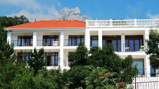 Villa Elena K