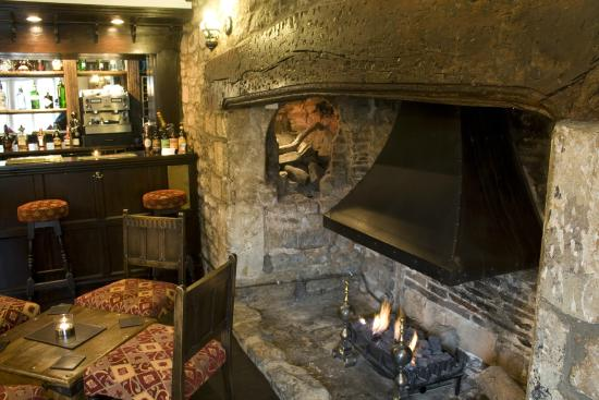 Old Manor House Hotel: Open Fire