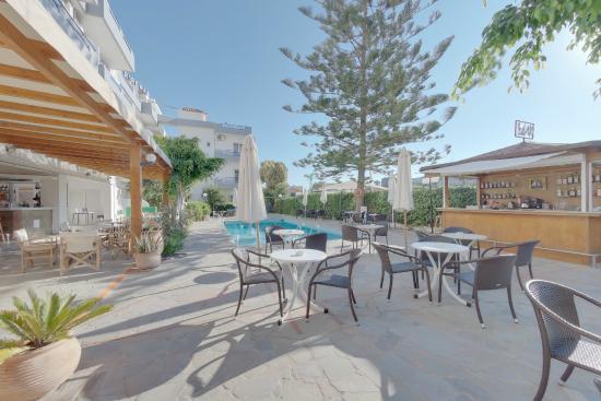 MariRena Hotel: pool