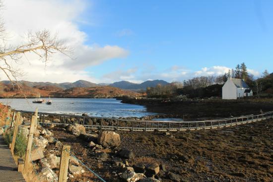 Dry Island: The bridge