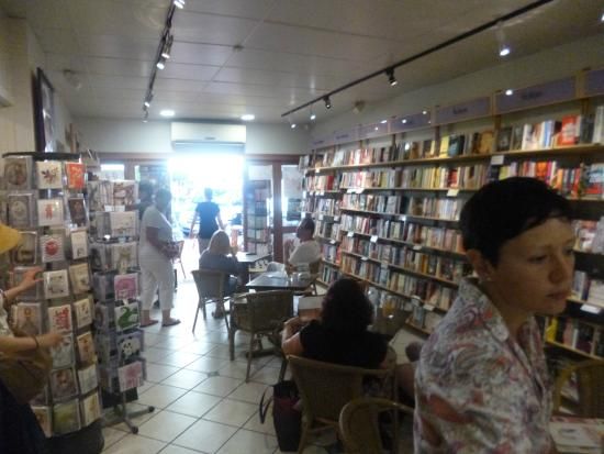 Whileaway Bookshop & Cafe : Independent bookshop meets coffee shop