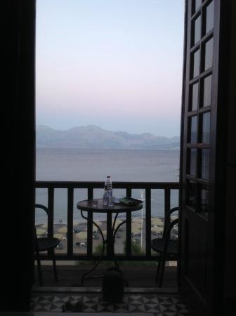 Hotel Palazzo Arhontiko Apartments : Vue de la chambre