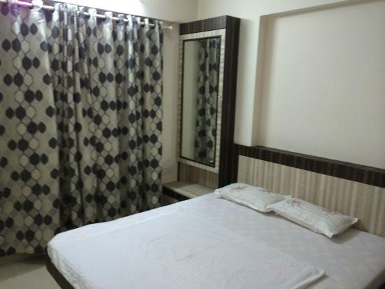 14 Square Powai - Excel Tower
