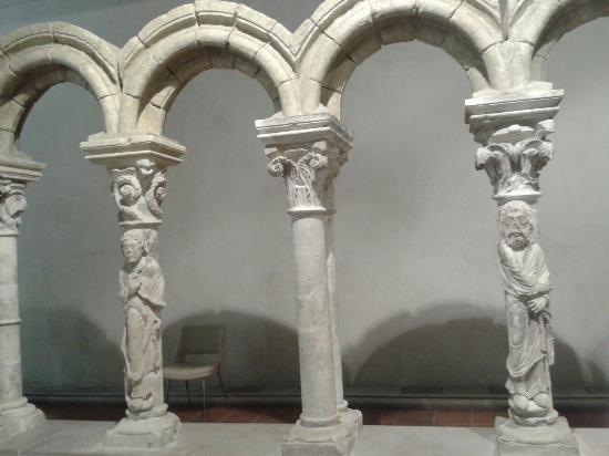 Musée du Cloître de Notre Dame-en-Vaux