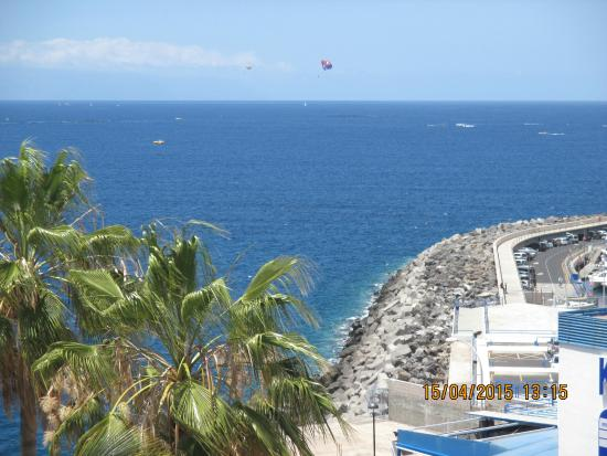 View from hotel picture of hotel jardin tropical costa for Jardin tropical