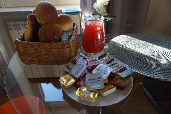 Bon Ton Suite: breakfast (coffee and tea included)