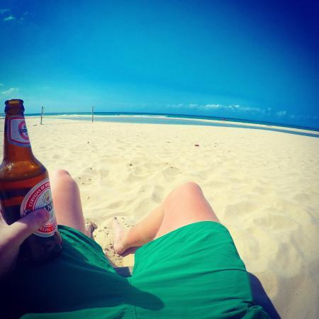 Fatima's Nest : En öl på stranden!
