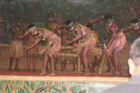 Tranquilou Home Stay: Danse indigène