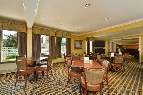 Quality Inn Colchester / Burlington: BREAKFAST ROOM