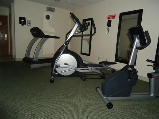 Raymond, IL: Fitness Room