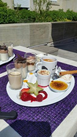 Brasserie de Paris: Très bon repas ce midi. .avec un bonus pour le café gourmand..très apprécié