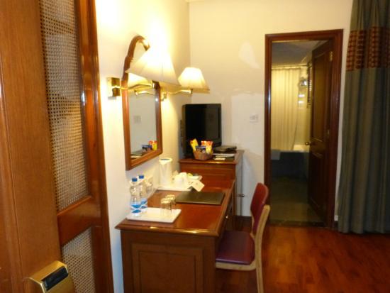 Hotel Vikram: Room 115