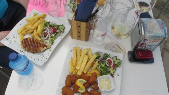 Lillie Langtry's: Breaded shrimp and grilled chicken breast