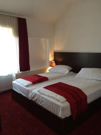 Hotel Old Town: Double room 304