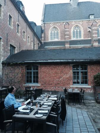 Improvisio: Courtyard