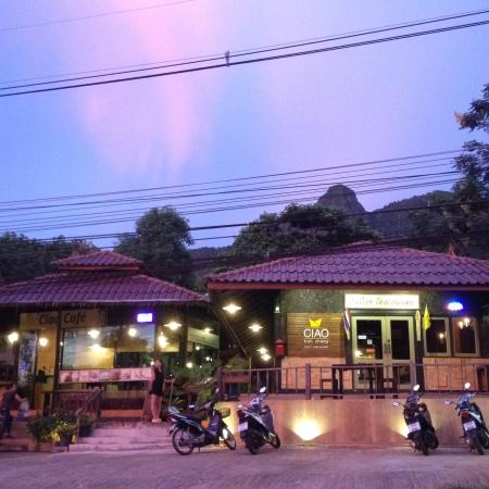 Ciao Koh Chang : Front of our restaurant