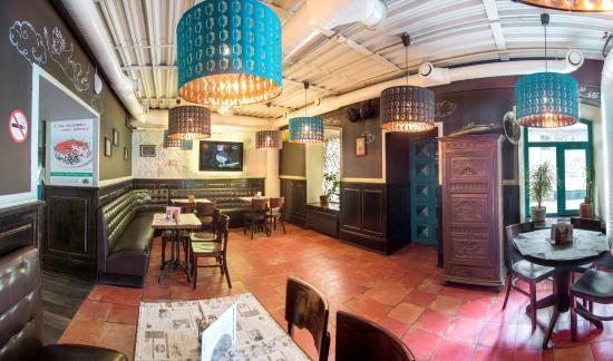 Dudki Bar: обновленный 1 этаж