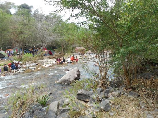 Rancho El Charro: Families enjoying the weekend